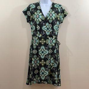 Just Be Short Sleeve V-Neck Dress  Size S